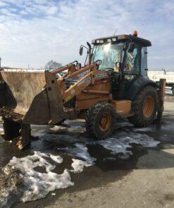 Buldoexcavator Case cu picon de inchiriat in Pitesti