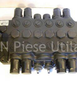 Distribuitor hidraulic buldoexcavator JCB 3CX -1
