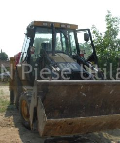 Inchiriez buldoexcavator in Damaroaia