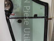 Montaj geam lateral buldoexcavator JCB 3CX